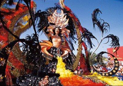 Карнавал на Канарских островах на яхте!