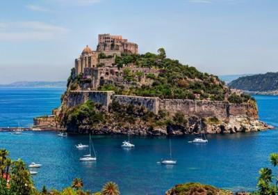 Лимончелло, маргарита и Флегрейские поля, на яхте по заливу Неаполитанскому