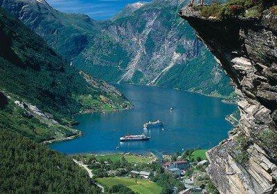 Фьорды,водопады,ледники и море рыбы!